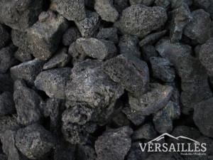 pierre volcanique noire p8-17